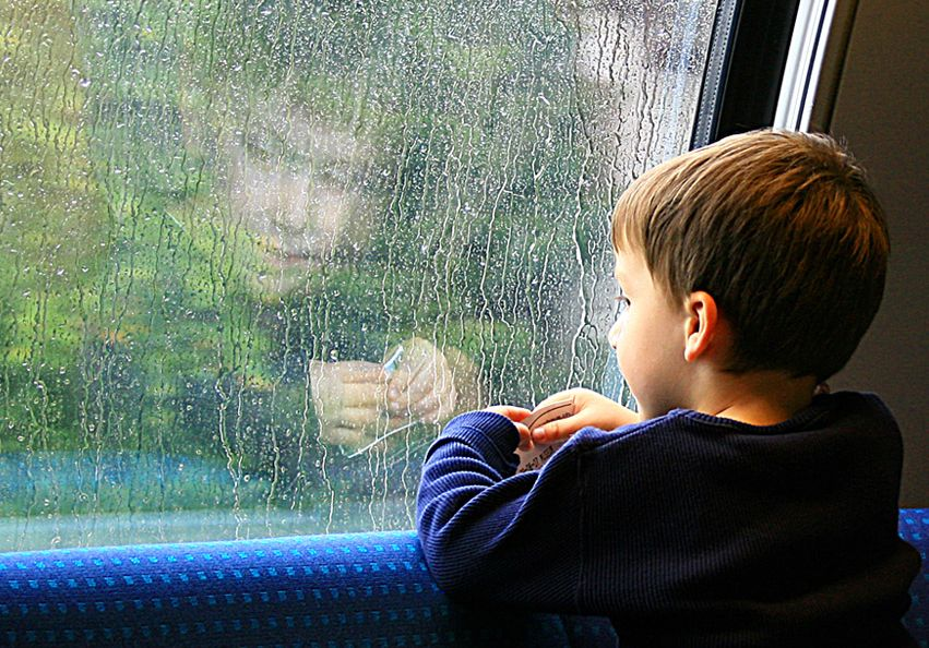 Усыновление, опека и попечительство над несовершеннолетними детьми: в чем разница, выплаты при опеке ребенка, плюсы и минусы