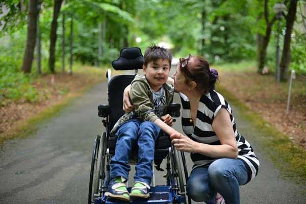пенсия матери инвалида
