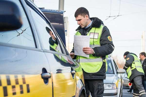 Штраф таксисту без путевого листа