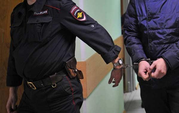 Процедура разъяснения обвиняемому его прав и обязанностей по уголовному делу.
